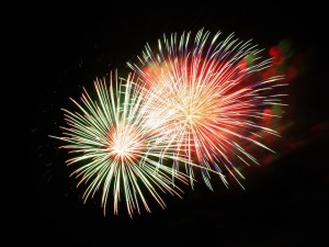 fireworks-227383_640