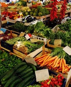 farmers-market-vegs